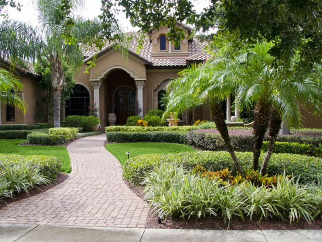 Update Your Landscape Design in Davenport & Clermont, FL